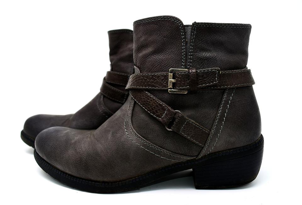 2d1de6054b7 Prøv en ny trend med lårlange støvler - Modinet